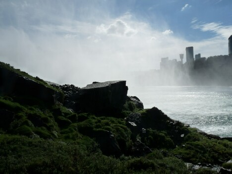 Niagara Falls 10s