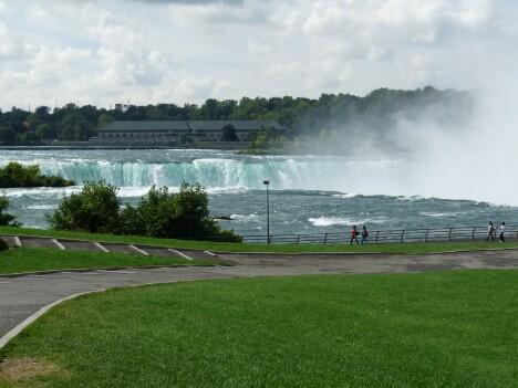 Niagara Falls 1s