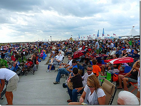 AirShow Crowd 1