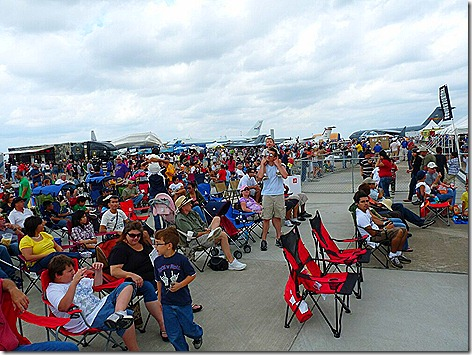 AirShow Crowd 2