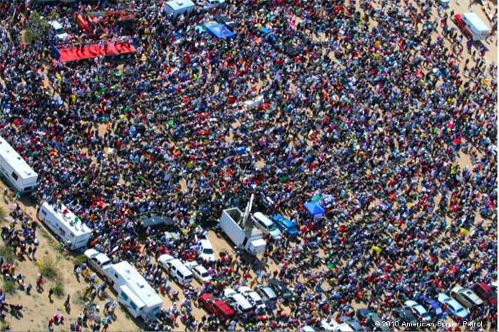 ... with over 30,000 people there. It look like this. crowd
