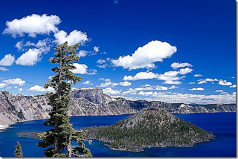 800px-Wizard_Island_in_Crater_Lake_National_Park_-_Oregon_2008