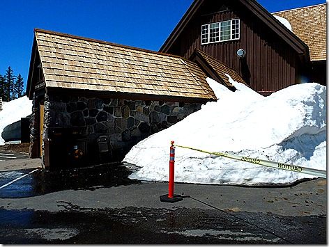 Snow Tunnel 1