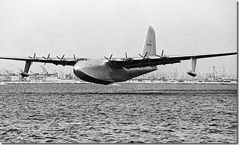 Spruce Goose Flying