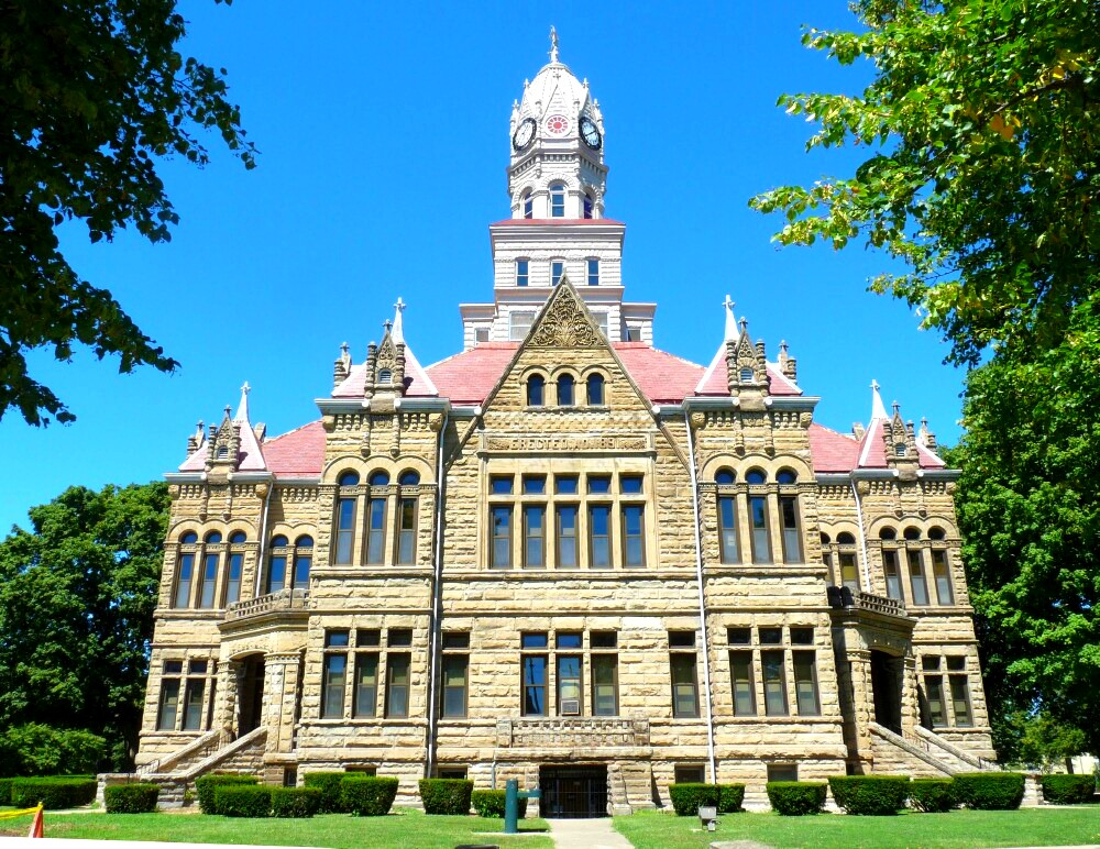 edgar county In edgar county, illinois, arrest warrants only go into effect after the sitting magistrate of a criminal tribunal has signed the order however, this is seldom done without an investigation.