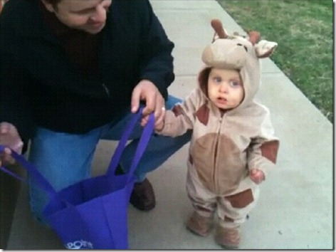 Landon Trick or Treating3a