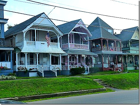 Oak Bluffs Houses