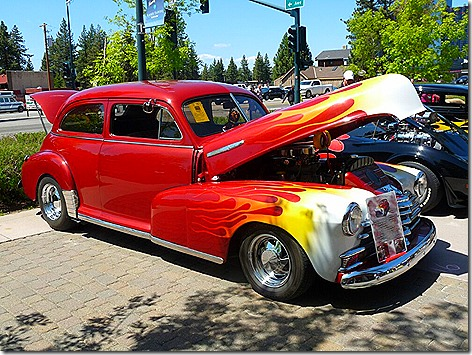 Heavenly Village Car Show 8