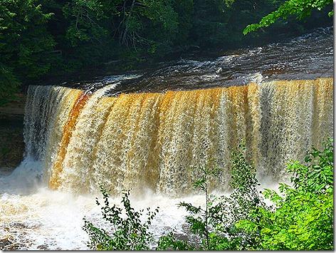 Tahquamenon Falls 1