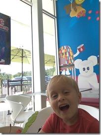 Landon eating Yougurt1